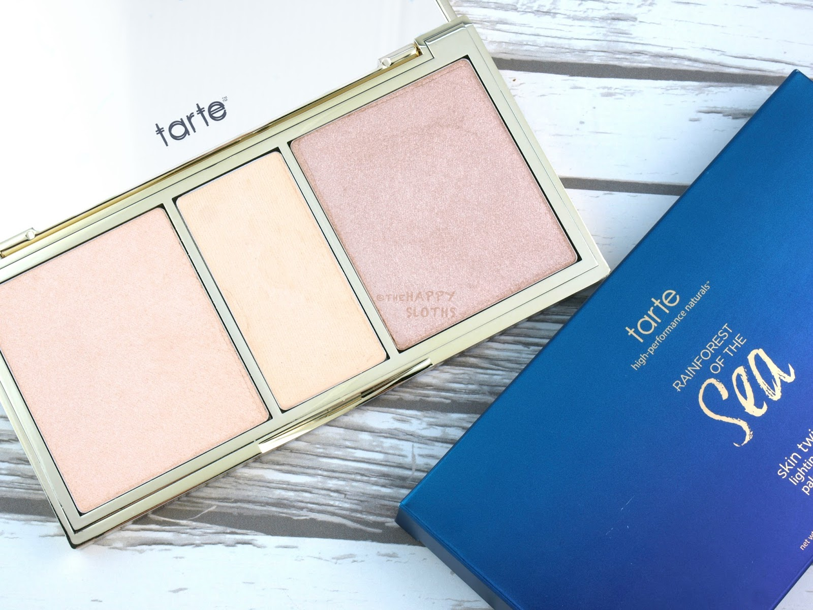 Phấn highlight Tarte Rainforest of the Sea™ Skin Twinkle Lighting Palette