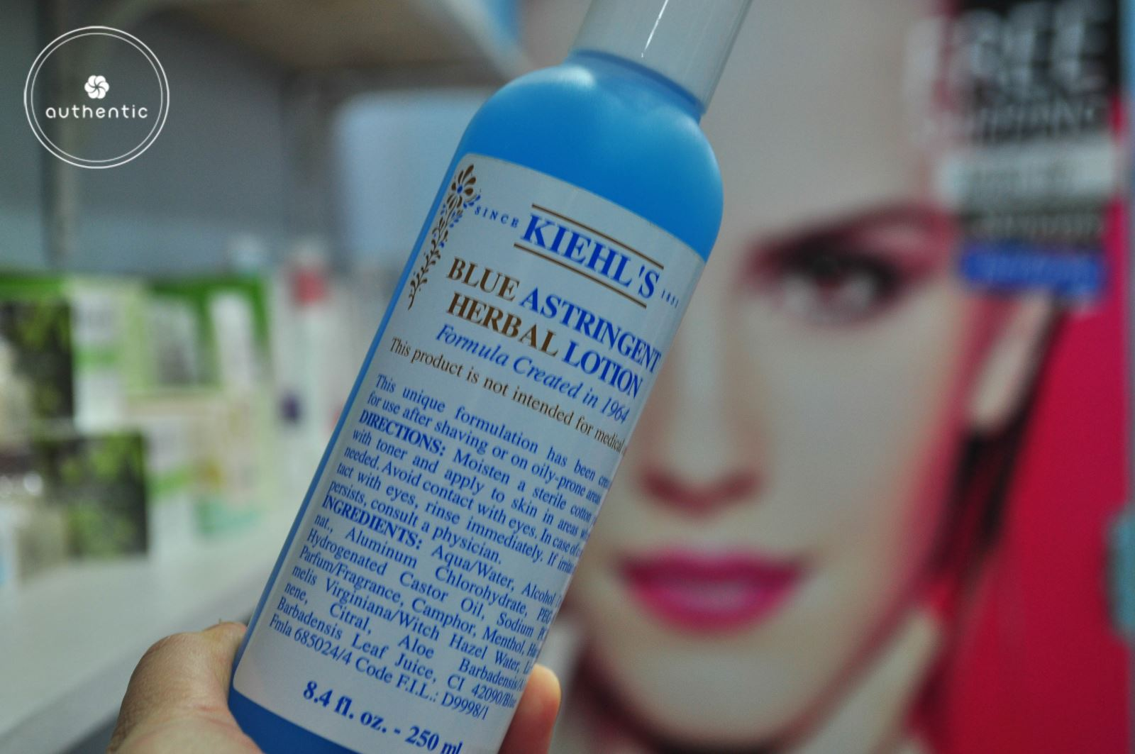 Toner Kiehl's Blue Astringent Herbal Lotion