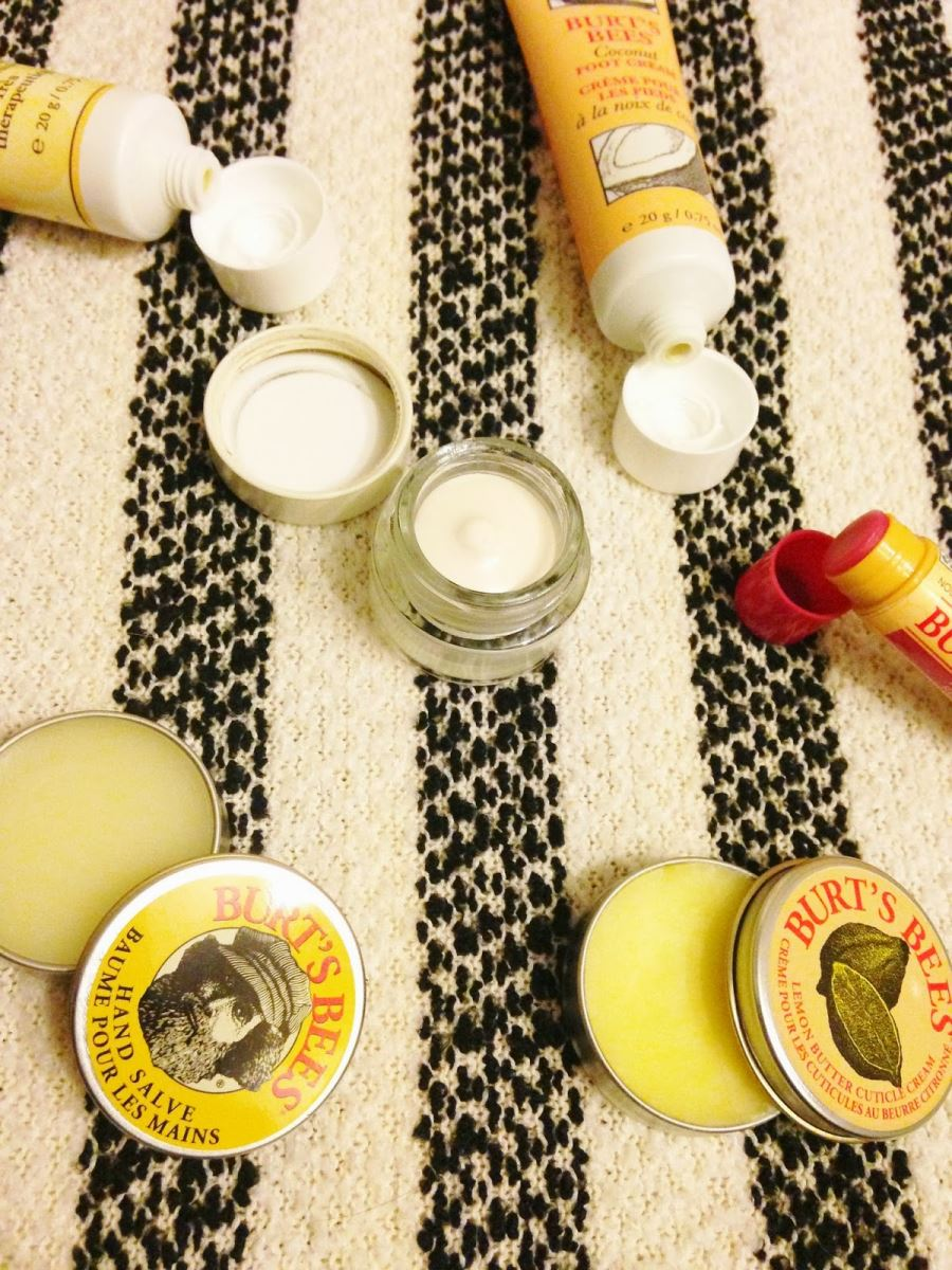 Set dưỡng Burt's Bees Tips And Toes Kit