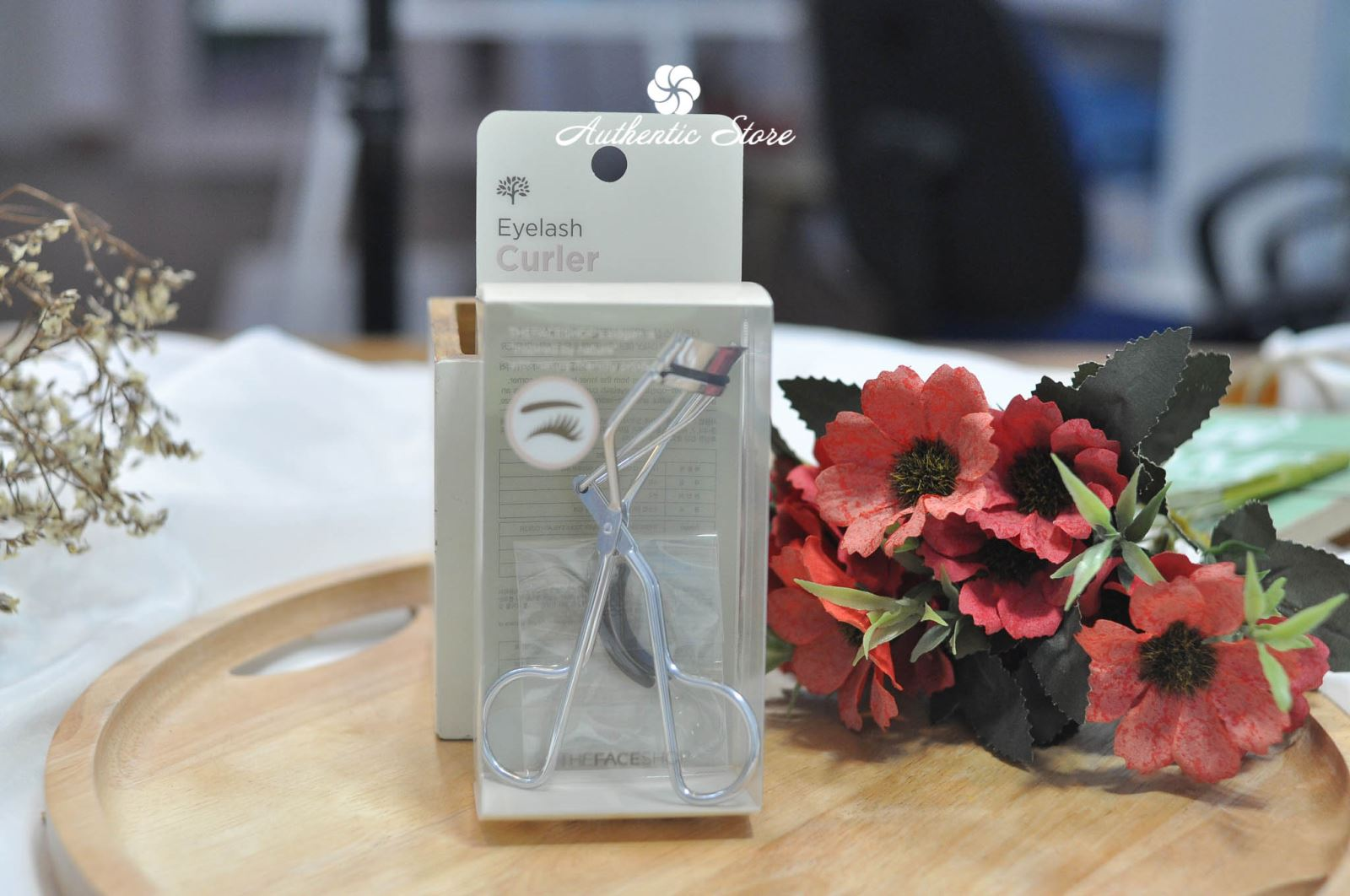 Kẹp mi The Face Shop Eyelash curler
