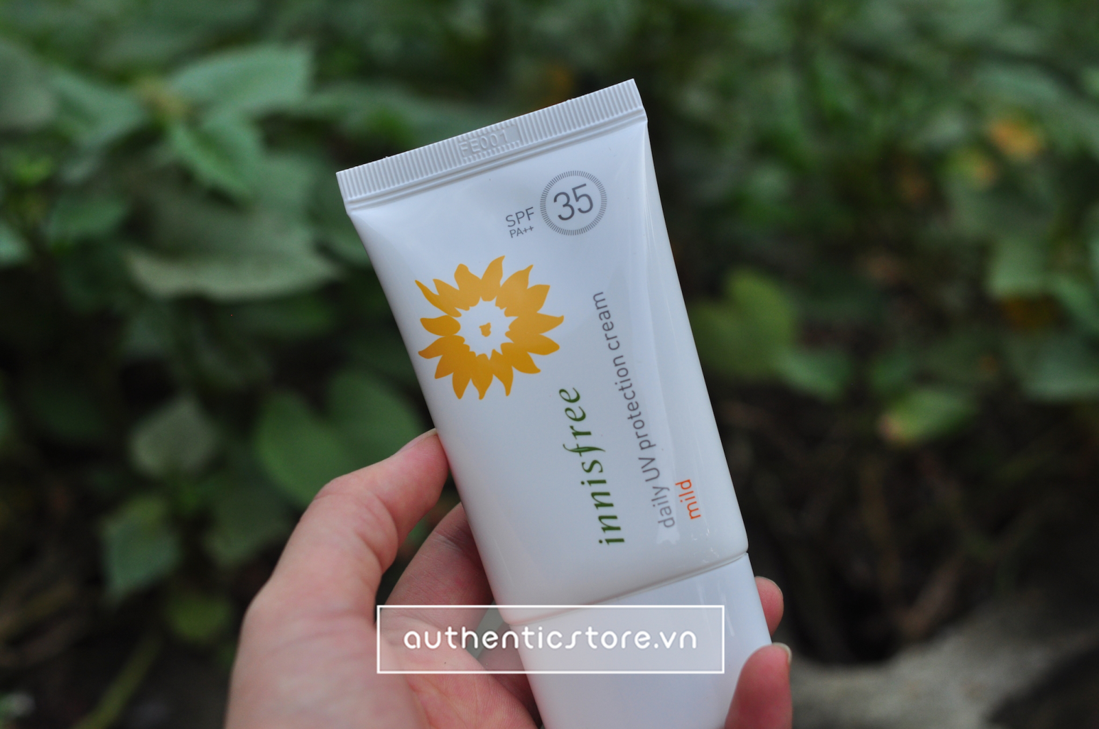 Kem chống nắng Innisfree Daily UV protection SPF 35