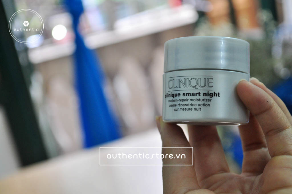 Clinique Smart Night Custom Repair Moisturizer