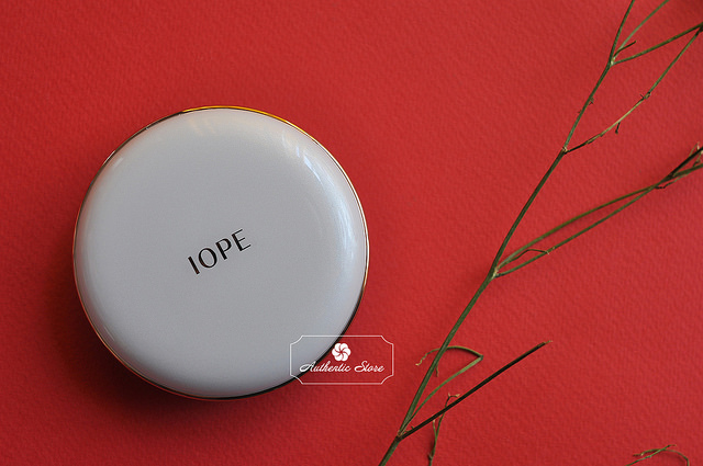 Phấn nước IOPE air cushion XP SPF50+