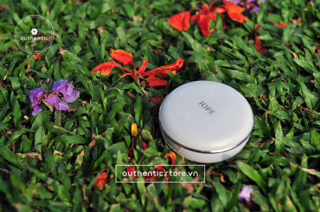 Phấn nước IOPE air cushion XP SPF50