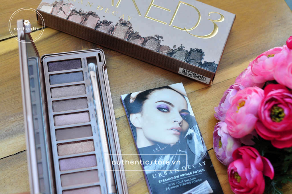 Set phấn mắt Urban Decay Naked3