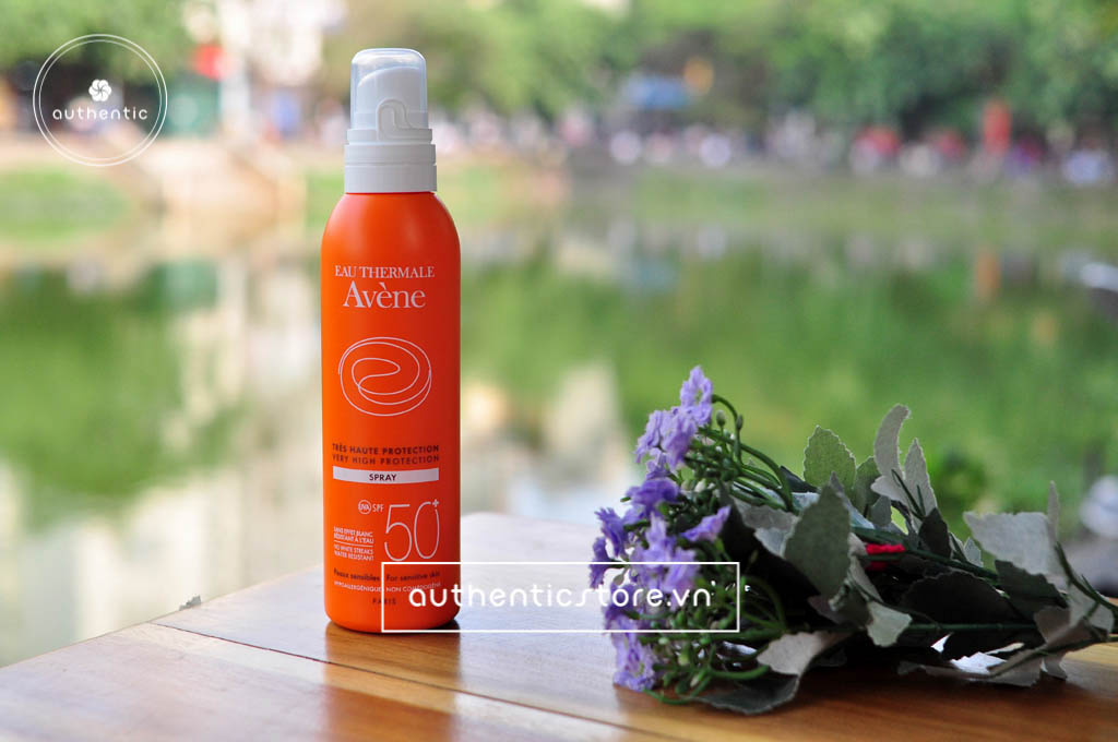 Xịt chống nắng Avene Very High Protection Spray SPF 50+
