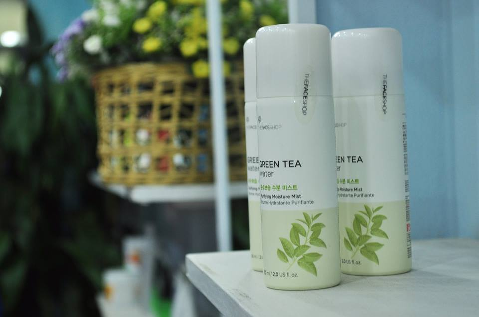 Xịt khoáng trà xanh The Face Shop Green Tea Water Purifying Moisture Mist