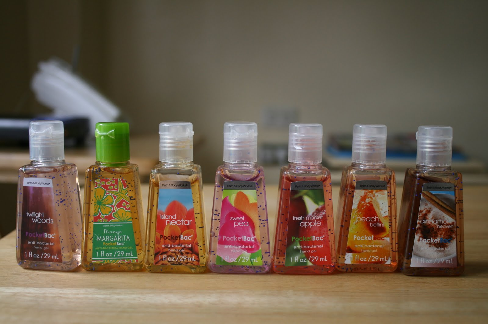 Gel rửa tay khô PocketBac Bath & Body Works